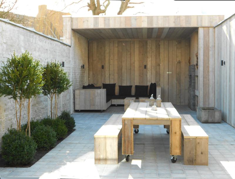 Vakantiehuis voor 12 tot 14 personen knokke heist belgi zaligaanzee - Interieur houten huisje ...