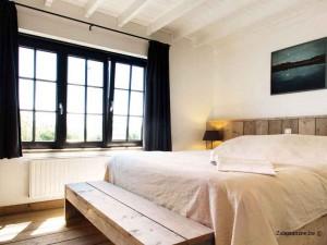 slaapkamer vakantiehuis voor 8 tot 10 personen Pannenstraat 246 ZaligAanZee.be